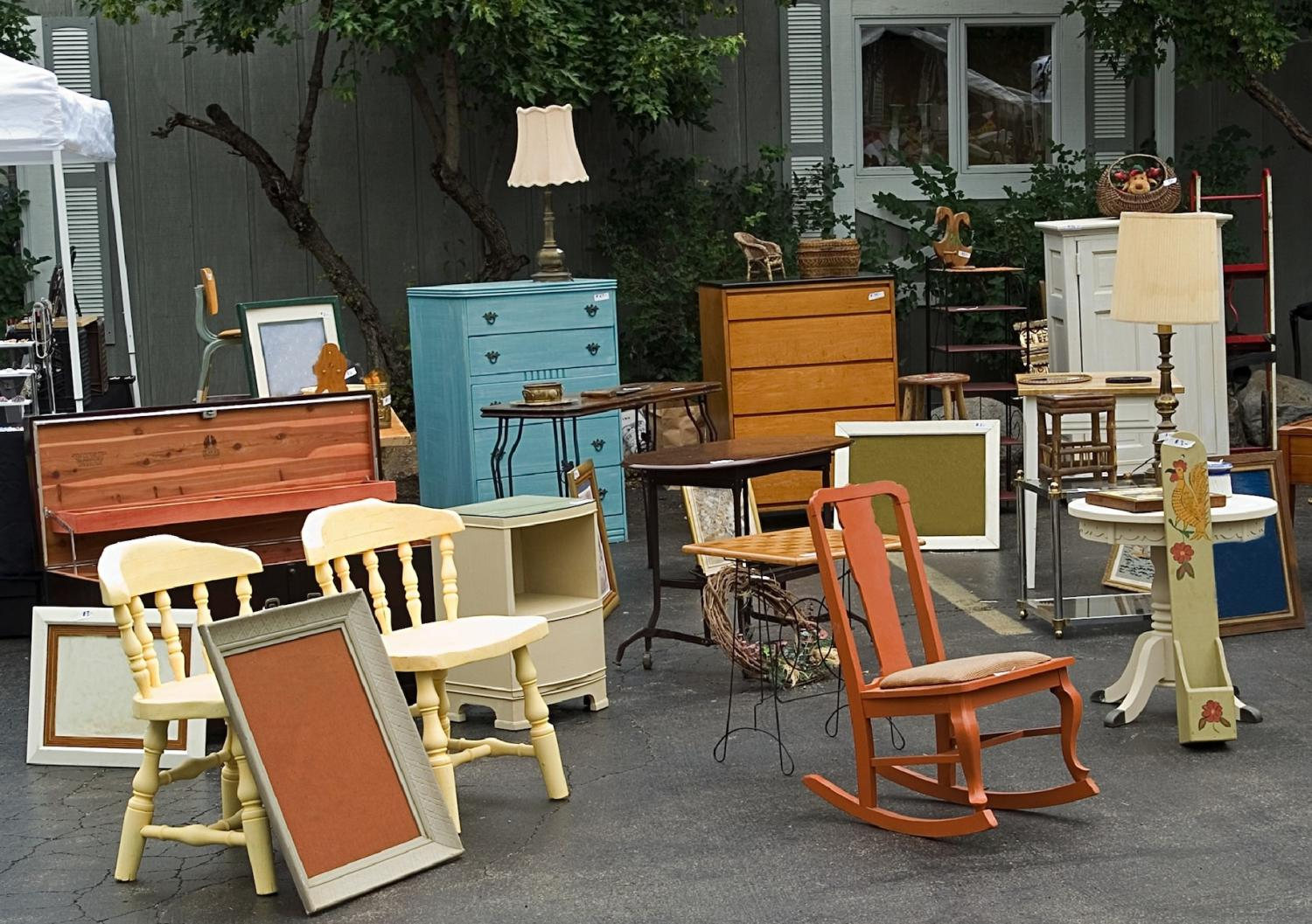 Items you can buy second hand jou geld solidariteit for Second hand furniture